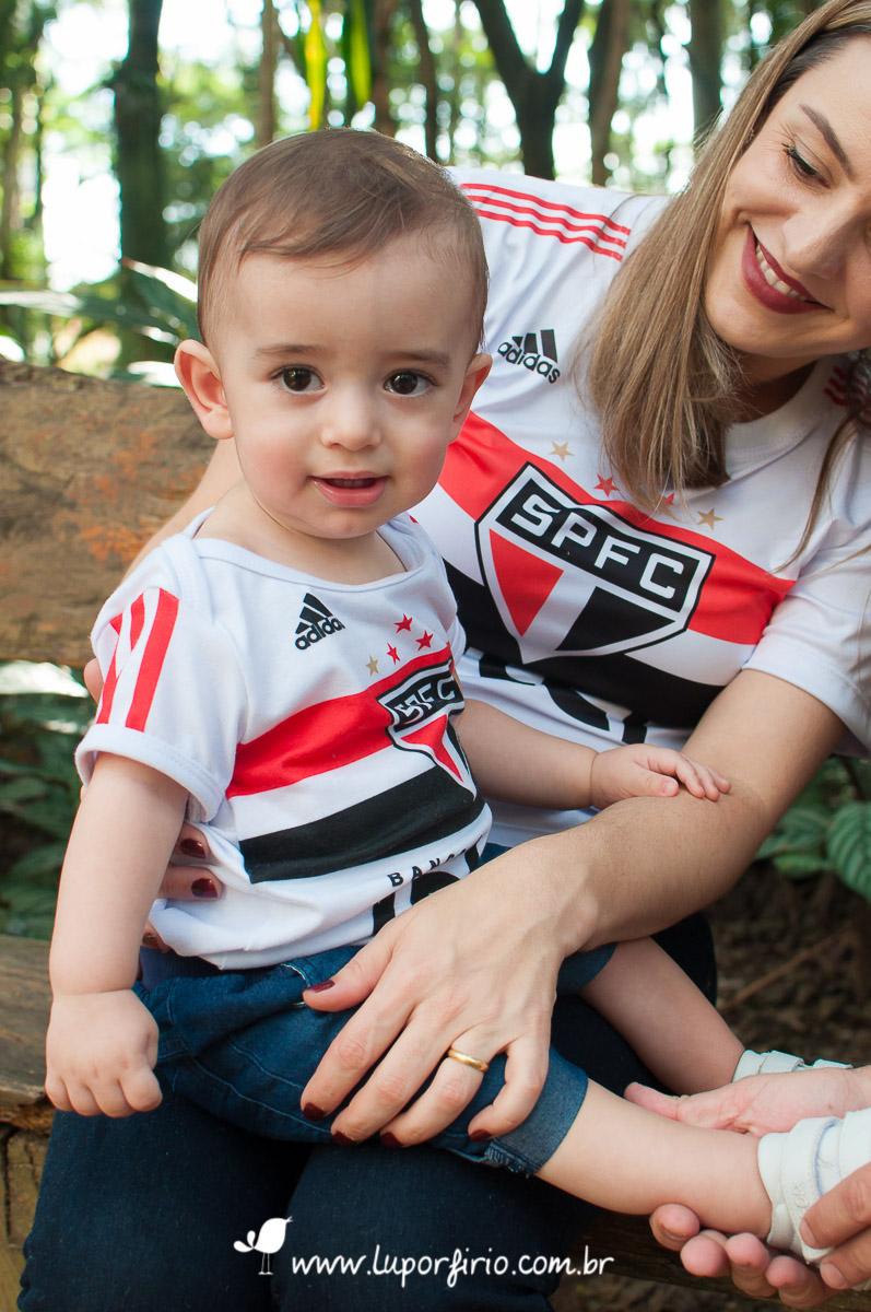 Theo, ensaio de 1 ano. Ensaio de família registrado pela LuPorfirio Fotografia, em São Paulo. Fotografia de família, ensaio infantil, fotos de bebês